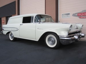 1957 Pontiac Pathfinder Sedan Delivery - 34