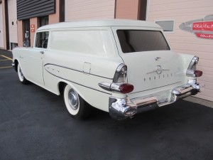 1957 Pontiac Pathfinder Sedan Delivery - 4
